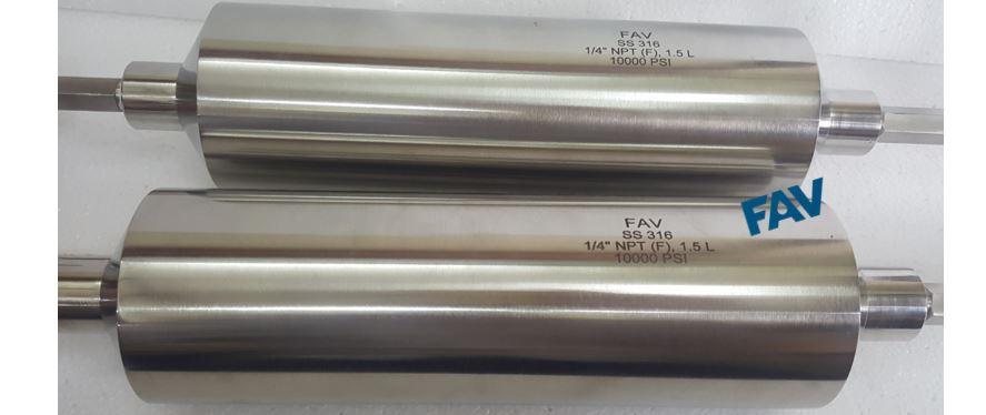 High Pressure Sampling Cylinders 10000 psi and 15000 psi